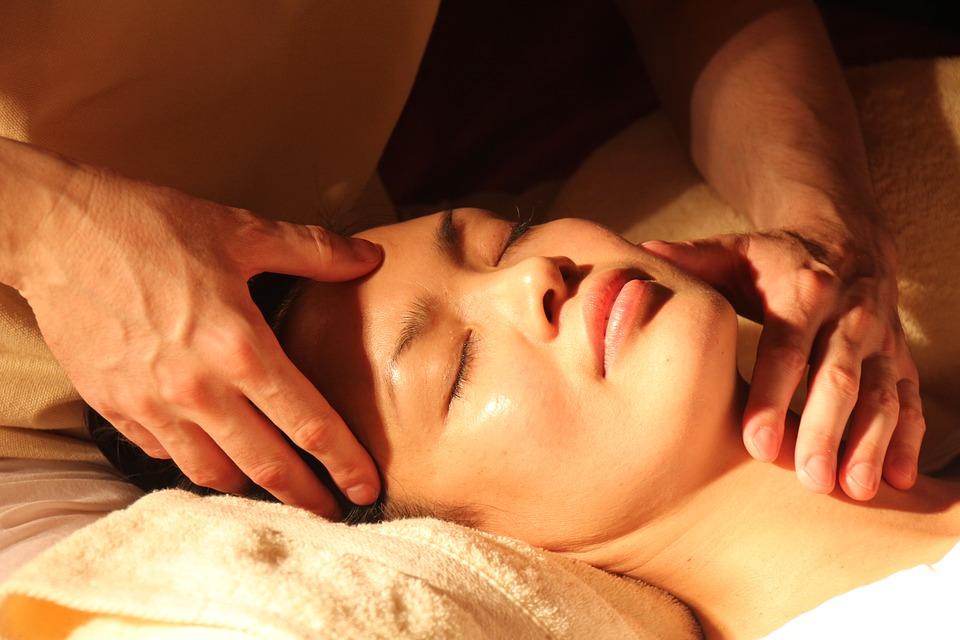 massage-1929064_960_720